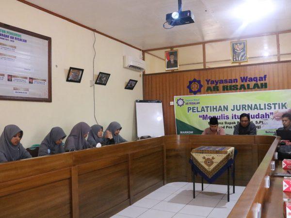 Humas Ar Risalah Bekali 32 Jurnalis Baru