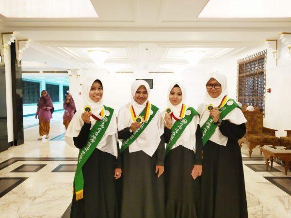 Lulusan Ar Risalah Selesaikan Pendidikan S1 di Al Azhar Mesir