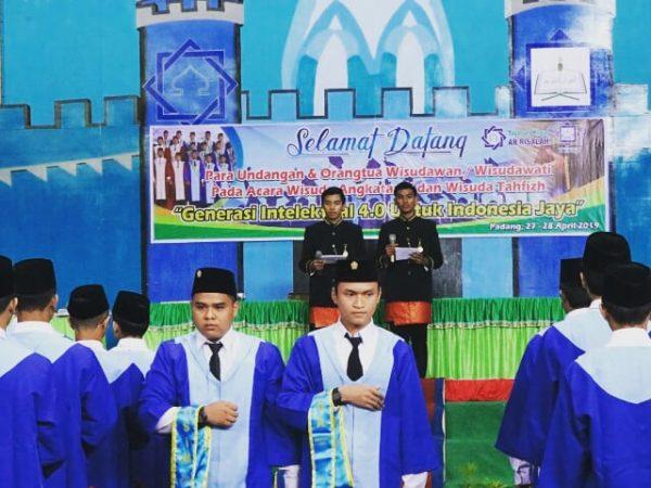 Perguruan Islam Ar Risalah Gelar Wisuda Angkatan X dan Wisuda Tahfizh