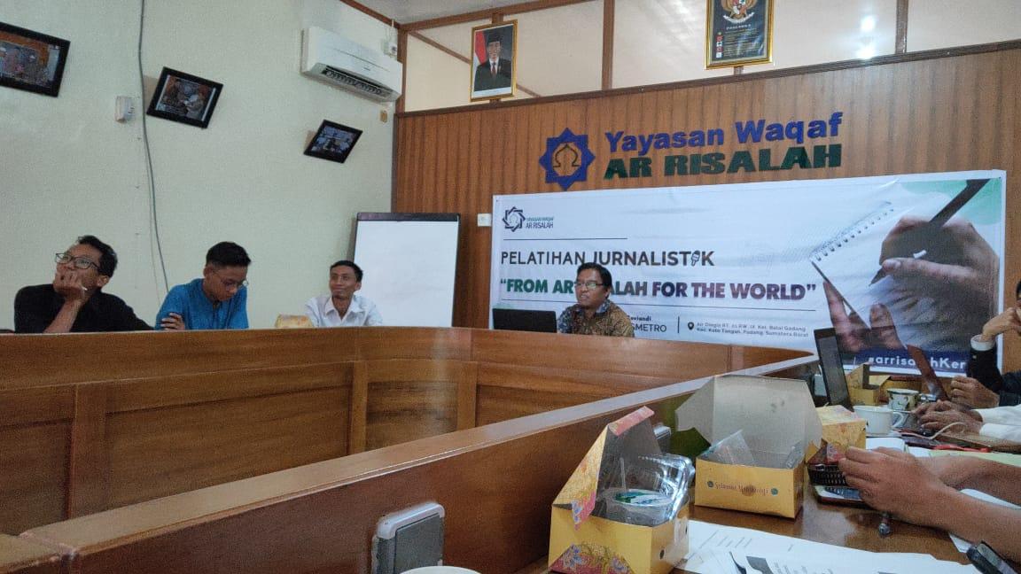 Ar Risalah Padang Siapkan Tim Jurnalis Handal