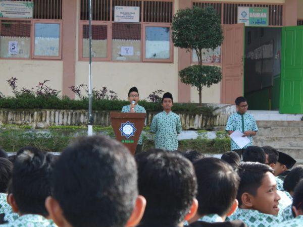Pemilu SMP Ar Risalah, Capres-cawapres Sampaikan Visi Misi