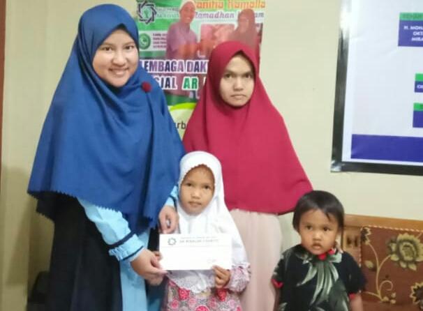LAZ Ar Risalah Charity Bantu Pendidikan Anak Yatim