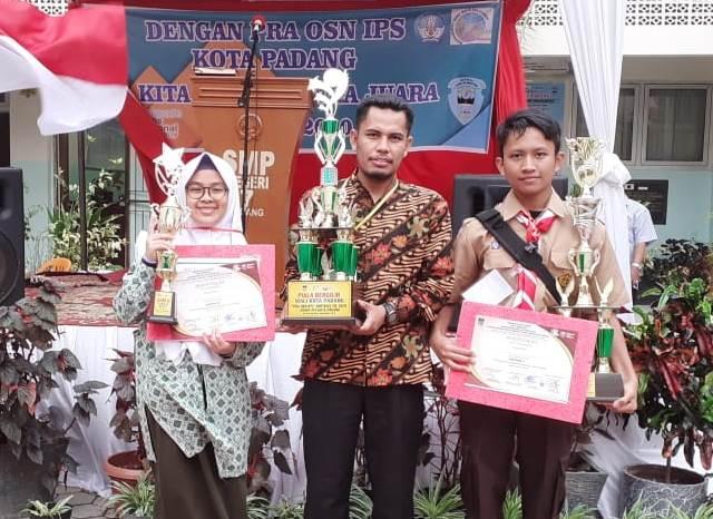 SMP Ar-Risalah Padang Juara Umum Pra OSN MGMP IPS
