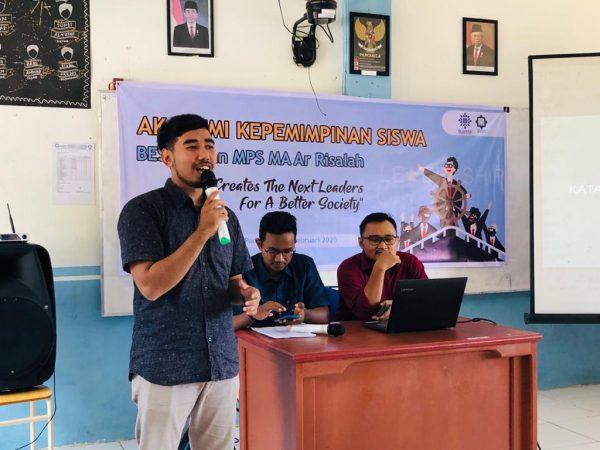 IKAPIAR Gelar Akademi Kepemimpinan bagi Siswa MA Ar Risalah