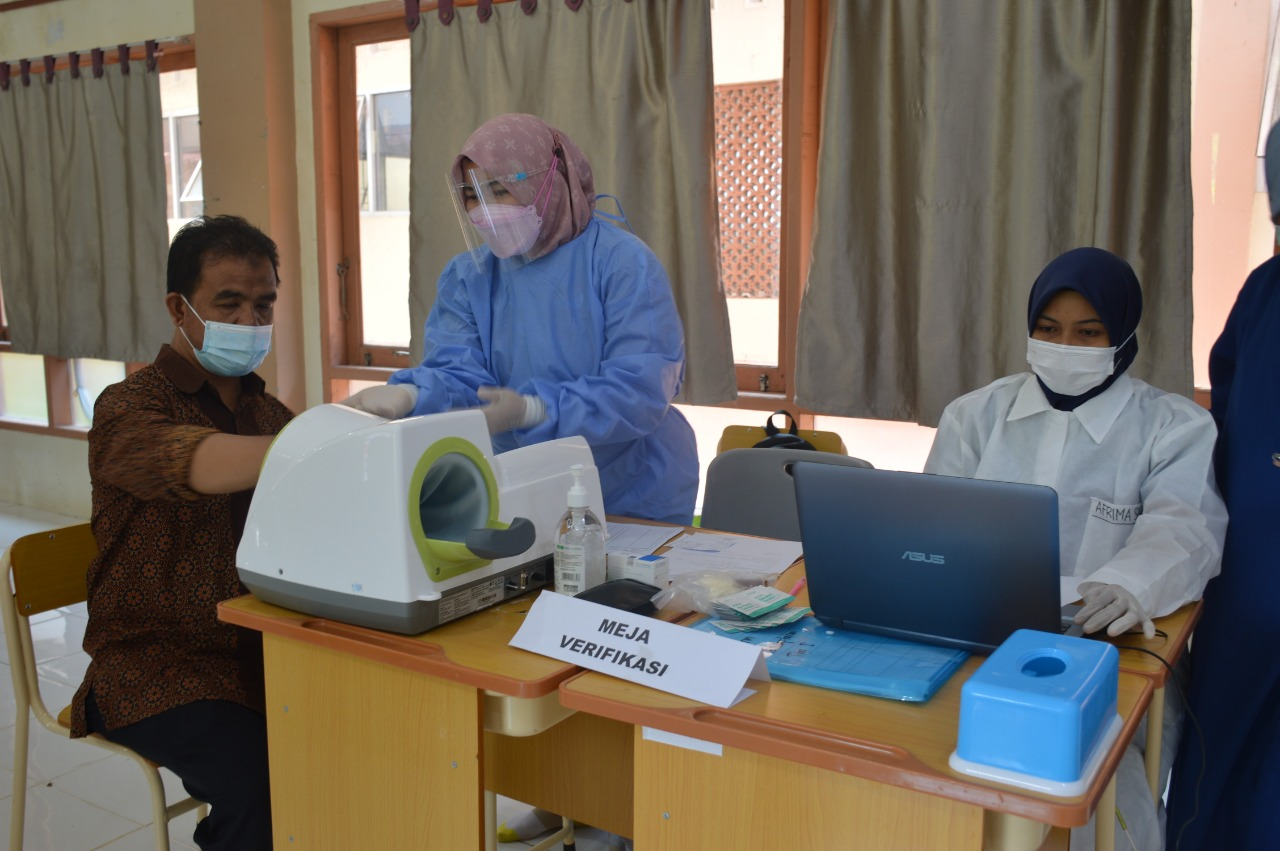 Vaksinasi Covid -19 di Perguruan Islam Ar Risalah