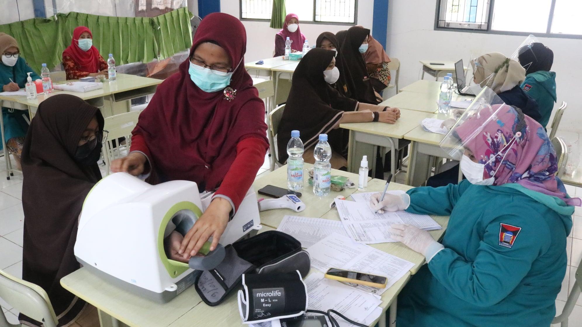 Perguruan Islam Ar Risalah Padang gelar vaksinasi Covid-19